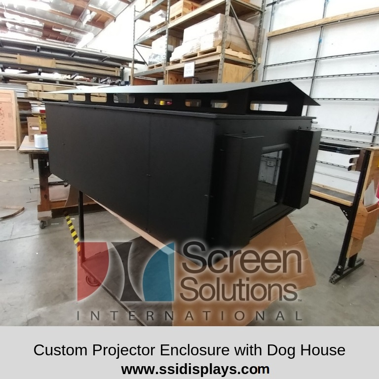 Custom_Projector_Enclosure_with_Dog_House
