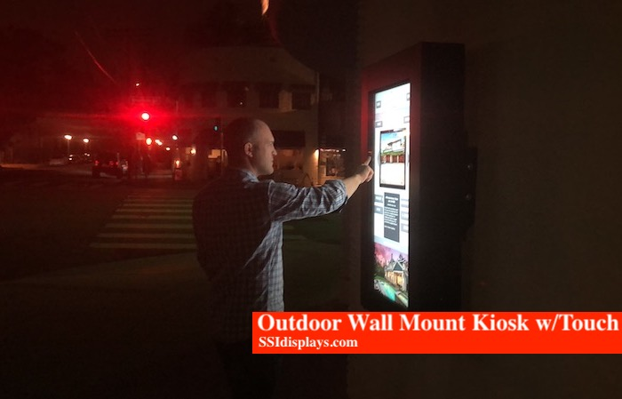 Outdoor Wall Mount LA