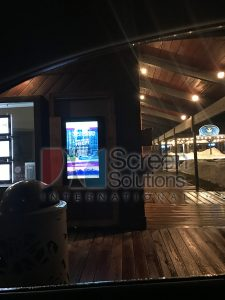 Outdoor Kiosk Wall Mount Touch Screen Kiosk For Real Estate